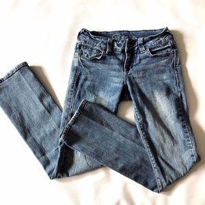Delias Reese Fit Skinny Jeans